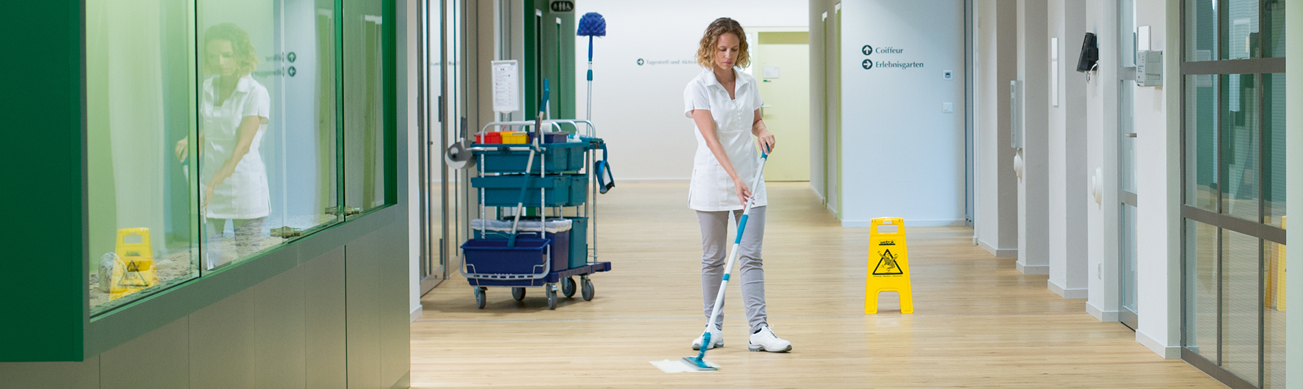 Adjusting the Handle on the Mopping Device Correctly