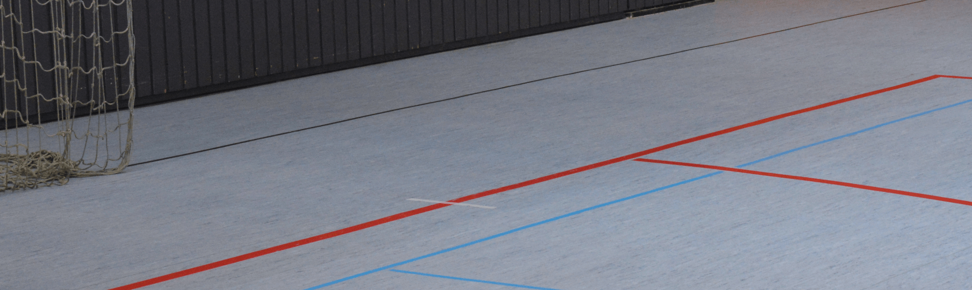 Harzflecken in Sporthallen